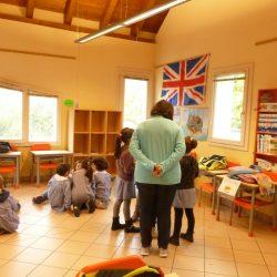 Momento di laboratorio - Scuole elementari Don Milani
